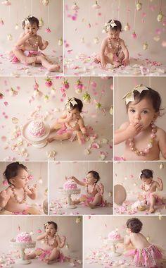 1st Birthday Girl Decorations, 1st Birthday Party For Girls, Baby Cake Smash, 1st Birthday Cake Smash, Cake Smash Photography, Newborn Photography, First Birthday Photography, Birthday Girl Pictures, 1st Birthday Photoshoot