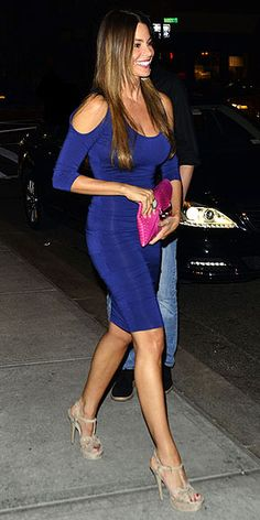 She's a real gem: Sofia Vergara shows off fabulous shape in clingy sapphire dress as she puts beau's sex scandal behind her - Sofia Vergara looks absolutely amazing in a curve hugging blue dress with a hot pink clutch bag and - How To Have Style, My Style, Sapphire Dress, Saint Laurent Dress, Latin Women, Ruched Dress, Sensual, Modern Family, Designer