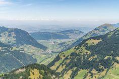 Walenpfad - Wanderung von Brunni auf die Bannalp - Engelberg Engelberg, Switzerland, Grand Canyon, Mountains, Water, Travel, Outdoor, Places, Viajes