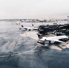 @kamplainnn ❃ airport photography waiting plane