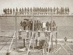 The conspirators in Lincoln's assassination are executed .