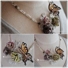 毛糸の蝶と薔薇のネックレスの着画(トルソー)。 : タティングレース便り ~アトリエ さかみち~ ожерелье с бабочкой