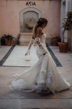 Greek Wedding Dresses, Western Wedding Dresses, Classic Wedding Dress, Bohemian Wedding Dresses, Gorgeous Wedding Dress, Bridal Dresses, Wedding Gowns, Wedding Reception, Corset Back Wedding Dress