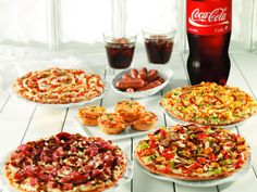 Yummy party in your tummy. Pizza Special, Bruschetta, Waffles, Breakfast, Ethnic Recipes, Party, Food, Morning Coffee, Essen