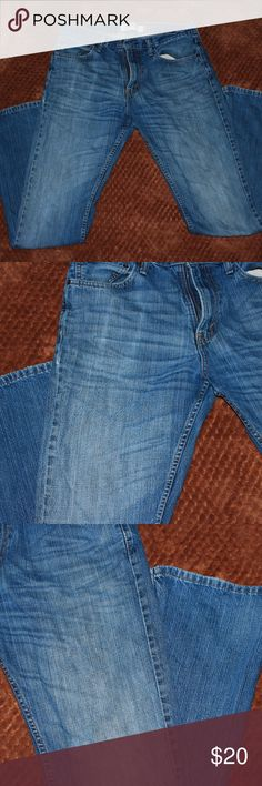 Levi's 527 Jeans Levi's 527 Boot Cut blue jeans , W 34 L34, they seem like skinny fit , tight around the legs, great condition , no visible wear. I tried them on , but never have worn them. Levi's Jeans Bootcut