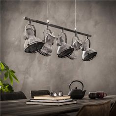 Industry Pendelleuchte Vonika in Beton Grau Home Lighting, Track Lighting, Niklas, Led Lampe, Industrial Style, Decoration, Ceiling Lights, Home Decor, Garage