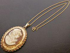 HUGE 16.7 Gram Solid 9ct Gold Vintage Cameo Locket on 18  Chain - Not Scrap