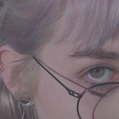 Aesthetic Eyes, Blue Aesthetic, Aesthetic Vintage, Mode Grunge, Estilo Grunge, Foto Pose, Ulzzang Girl, Pretty Pictures, Aesthetic Pictures