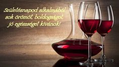 Do you like to enjoy a glass of wine with the dinner? We have good news for you, not only that a glass of wine can de-stress you after a hard day at work, it also has some health benefits. Old Recipes, Wine Recipes, Wine Drinks, Alcoholic Drinks, Kitchen Life Hacks, Wine Wallpaper, Handy Wallpaper, Food Wallpaper, Bar A Vin