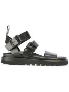 Achetez Ann Demeulemeester sandales à brides à boucles .