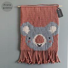 Crochet Panda, Crochet Art, Crochet Patterns, Macrame Design, Macrame Projects, String Art, Diy And Crafts, Weaving, Carpet