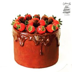 One from the #NoMoreTiers archives for #chocolatecakeday ! And #glutenfree and #eggfree too  #glutenfreecake #eggfreecake #nationalchocolatecakeday #baking #chocolatestrawberries #strawberrycake #chocolateganache #glutenfreebaking #yorkcake #cakesyorkregion #sweettreat by cakesbynomoretiers