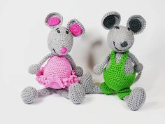 czaksdesign:: Milli and Nilli by #CZAKs #amigurumi #crochet #selfmade #handmade #craft #crocheting #crochetaddict #crochetlove #crocheted #mouse #mice #yarn