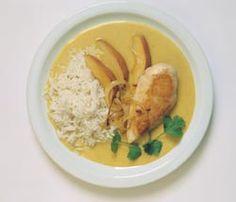 Kyllingfilet med karrisaus oppskrift -- www.matoppskrift.no