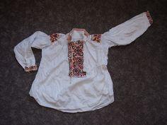 Chlapecká košile, Uherský Ostroh. Folk clothing from Uherský Ostroh (Czech Republic).