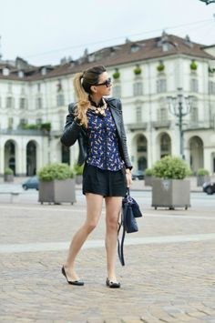 #fashion #fashionista @Nicoletta Scent of Obsession AROUND TURIN - outfit turista estate 2013 fashion blogger
