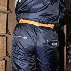 Parachute Pants, Looks Great, Sexy Women, Lady, Fashion, Moda, Fashion Styles, Fashion Illustrations