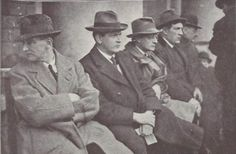 Joseph McGrath, Michael Collins, Sean McGarry, Padraig O'Maille and W. T. Cosgrave at a great Pro-Treaty Meeting held at the GPO, Dublin, in March, 1922 Roisin Dubh, Ireland 1916, Erin Go Bragh, Michael Collins, Old Men, Historical Photos, Dublin, Old Photos, Hero