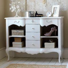 White drawyer
