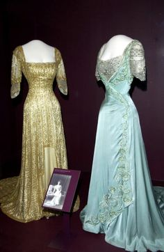 Another gold gown with ultra smooth front. Beaded this time. Also her more famous pale blue cross over gown.