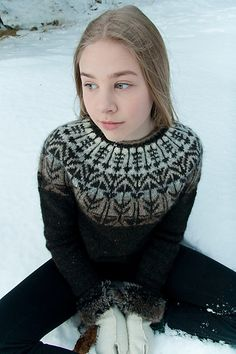 Ravelry: Veðurfræðingurinn - weatherman pattern by G. How To Start Knitting, Knitting For Kids, Baby Knitting, Knitting Designs, Knitting Projects, Norwegian Knitting, Icelandic Sweaters, Fair Isle Knitting, Pulls
