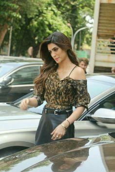 Beautiful Kriti Sanon Bollywood Fashion, Bollywood Actress, Female Soldier, Sherwani, Indian Models, Indian Wear, Movie Stars, Eye Candy, High Waisted Skirt