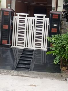 Gate Wall Design, Grill Gate Design, House Main Gates Design, Steel Gate Design, Front Gate Design, Door Design, House Design, Simple Gate Designs, Iron Fence Gate