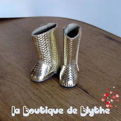 #fbn #muñeca #dolly #doll  #madeinspain #dollshoes #leather #muñeca #doll  #bigeyesdoll #boutiquedenancy #nancydefamosa #seventies #dollcollector  #zapatospepes #pepes #handmade #instadoll #blythe  #laboutiquedeblythe