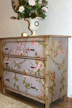 42 ideas bedroom furniture diy dresser beautiful for 2019 Redo Furniture, Beautiful Furniture, Art Furniture, Bedroom Furniture Makeover, Diy Furniture Bedroom, Paint Furniture, Vintage Furniture, Shabby Chic Furniture, Decoupage Furniture