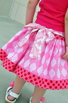 fairytale frocks and lollipops::juvie moon, belle twirl skirt Childrens Sewing Patterns, Sewing For Kids, Twirl Skirt, Dress Skirt, Girls Skirt Patterns, Skirts For Kids, Moon Design, Cute Skirts, Little Girl Dresses