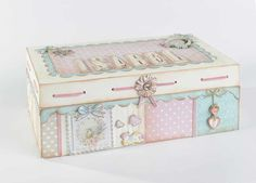 DAYKA.COM-Especialistas en pintura decorativa y manualidades Decoupage Tutorial, Tea Box, Baby Memories, Pretty Box, Craft Bags, Mini Scrapbook Albums, Dose, Wood Boxes, Keepsake Boxes