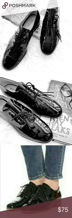 """MICHAEL Michael Kors """"Pierce """" Oxfords These menswear inspired oxfords are cut from supple patent leather and styled with a slim profile for a feminine feel. Cap toe, lace up closure, logo plate at low heel with a rubber sole. New without tags or box....Size 7.5...📍No Trade / Posh only MICHAEL Michael Kors Shoes Flats & Loafers"""