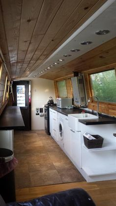 Narrow boat kitchen