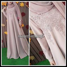 Likes, 92 Comments - Для мусульманок, с любовью❤ (. Abaya Fashion, Modest Fashion, Hijab Dress Party, Moslem Fashion, Kebaya Dress, Hijab Trends, Abaya Designs, Hijab Style, Muslim Dress