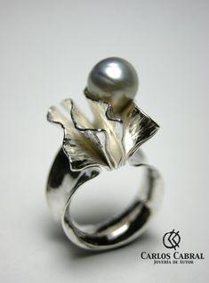Carlos Cabral. Sterling silver and pearl