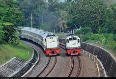 RailPictures.Net Photo: KA 186 PT. Kereta Api Indonesia (Persero) CC 201 83 21 PWT at Sleman, Indonesia by Muhamad Adlil