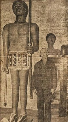 Giant Human Skeletons: 9 Foot Giant Nephilim is Carved from Wood by an Eyewitness to an Archaeological Dig