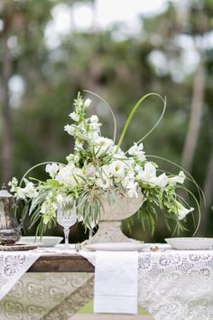 Styled Shoot by Ashley McCormick Photography » Rabbit Hollow: An Elegant Country Wedding Venue