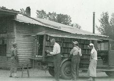 Bookmobile (1908)