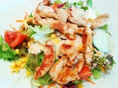 Vital Salat mit Putenstreifen