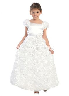Robe de Communion Princesse Col Carré Taille Naturel Strass - galamode.fr