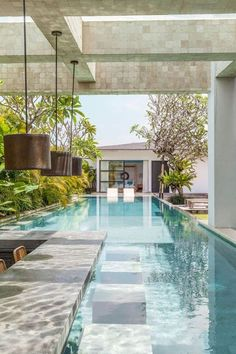Bali Interiors have searched and photograph most of the most beautiful villas in Bali. Here we give you our top 6 unforgettable villas for you to come and stay. Backyard Pool Designs, Swimming Pools Backyard, Swimming Pool Designs, Lap Pools, Indoor Pools, Pool Decks, Tropical Pool Landscaping, Backyard House, Small Backyard Pools