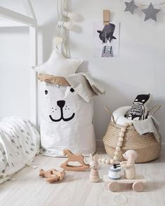 The Best Storage Baskets. Organisation Ideas for your Home - Petit & Small Baby Room Decor, Nursery Room, Home Decor Bedroom, Kids Bedroom, Nursery Decor, Ideas Vintage, Deco Kids, Toy Rooms, Kids Room Design