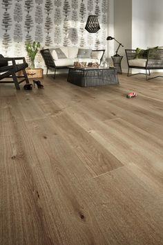 Oak parquet Vintage SUOMU, nature like color, authentic wooden flooring outlook.