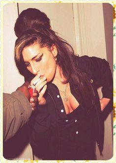 Tatuajes Amy Winehouse, Amy Winehouse Style, Jazz, Thats The Way, Her Music, Lady Gaga, Pop Culture, Dreadlocks, Hair Styles