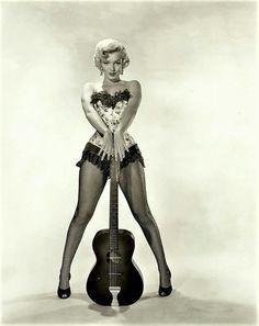 Corpão violão - Marilyn Monroe