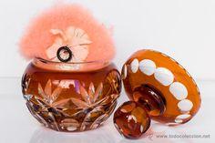 Antiguo bote polvera en cristal de bohemia color ámbar. Años 40-50 - El Desván de Bartleby C/.Niebla 37. Sevilla