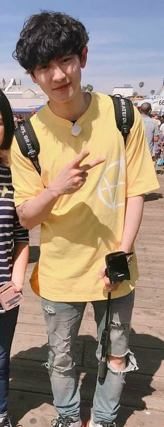 Boy áo zàng chuẩn gu Baek :v Kyungsoo, Kaisoo, Park Chanyeol Exo, Exo Ot12, Luhan And Kris, Bts And Exo, K Pop, Rapper, Kim Minseok