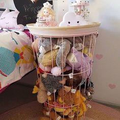Toy storage, kids storage и stuffed animal storage. Teddy Storage, Kids Storage, Storage Ideas, Table Storage, Kmart Decor, Stuffed Animal Storage, Stuffed Animals, Toy Rooms, Kids Rooms