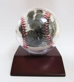 Little MVPs Handprint Baseball Kit Little MVPs http://www.amazon.com/dp/B00KLMTDP0/ref=cm_sw_r_pi_dp_eB2Ywb0D2H7RM